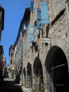 Cahors - Houses in the old town, in the Quercy