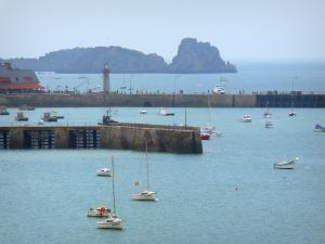 Cancale - Boats, piers of the port of Houle (fishing port) and the Cancale rock