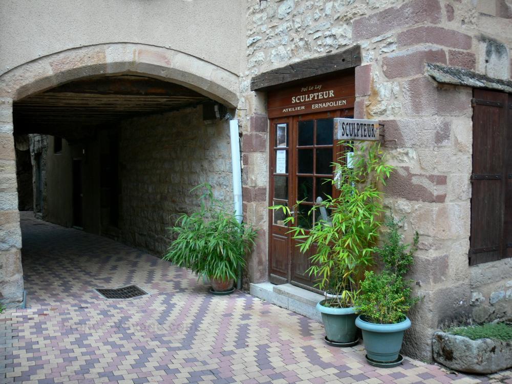 Foto la canourgue 26 immagini di qualit in alta for Cabina con avvolgente portico