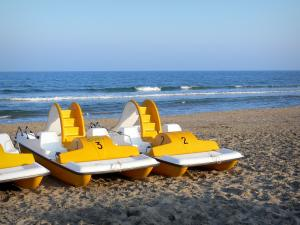Le Cap-d'Agde - Seaside resort: sandy beach with pedal boats, Mediterranean Sea