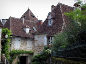 Carennac - Stone houses of the village, in the Quercy