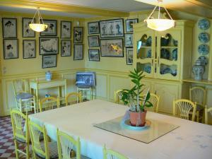 Casa E I Giardini Di Claude Monet   Allu0027interno Della Casa Di Monet A  Giverny