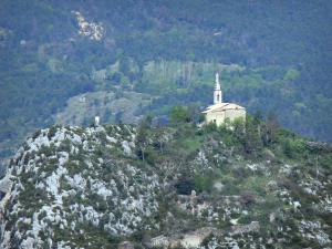 Castellane - Notre-Dame du Roc chapel perched on its rock; in the Verdon Regional Nature Park