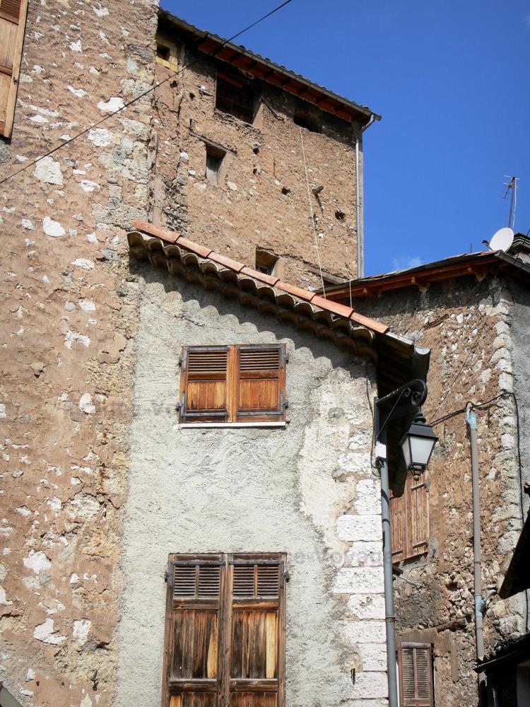 Foto 39 s castellane 21 afbeeldingen met hoge resolutie - Gevels van hedendaagse huizen ...
