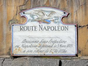 Castellane - Sign indicating the place where Napoleon lunched on 3 March 1815