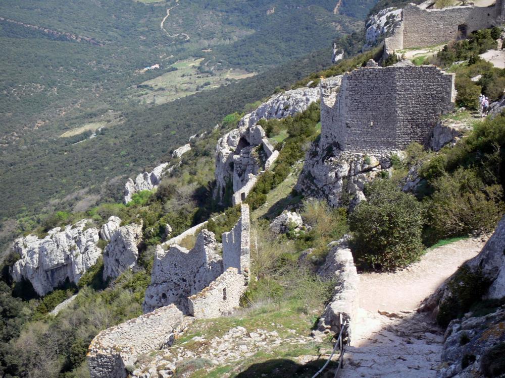 Foto il castello di peyrepertuse guida turismo e vacanze for Planimetrie della camera a castello