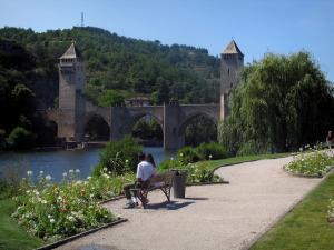 Guide de caussade tourisme vacances week end for Plan caussade
