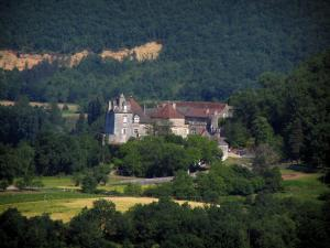Cénevières castle - Castle, trees and forest, in the Lot valley, in the Quercy
