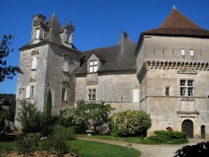 Cénevières castle - Castle, in the Lot valley, in the Quercy