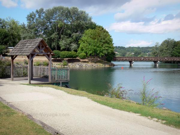 Cergy Pontoise Sport And Recreation Park Tourism