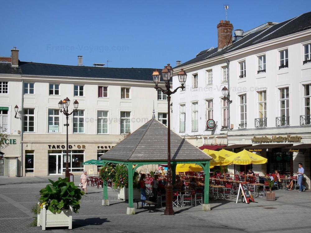 Restaurant Place De L Hotel De Ville Saint Etienne