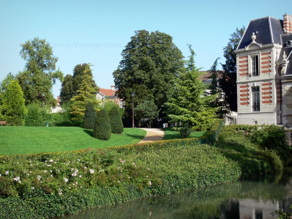 Photos ch lons en champagne guide tourisme vacances for Jardin anglais chalons en champagne