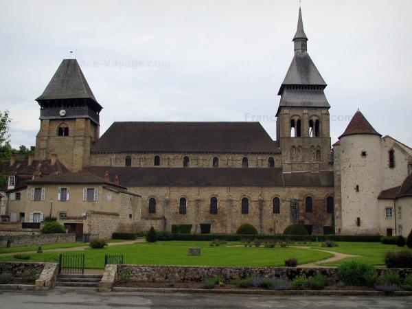 Chambon-sur-Voueize - Tourism, holidays & weekends guide in the Creuse