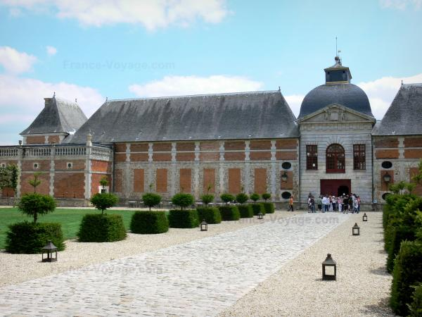 Champ de Bataille Castle - Tourism, holidays & weekends guide in the Eure