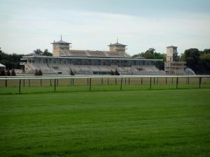 Chantilly - Racecourse (race track) and stands