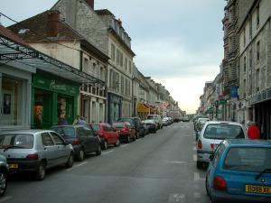 Chantilly - Shopping street of the city with houses and shops