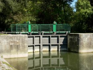 Charente valley - Lock