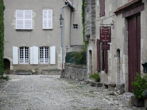 Charroux - Facades of houses in the village