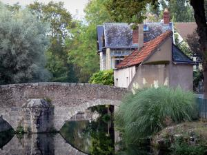 Chartres - Bridge spanning the River Eure