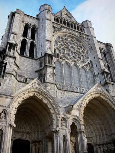Chartres - Notre-Dame cathedral (Gothic building): Northern portal with its sculptures (statuary)