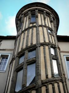 Chartres - Queen Berthe's stair