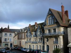 Chartres - Houses of the city