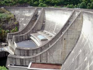 Chastang dam - Hydroelectric dam of Chastang