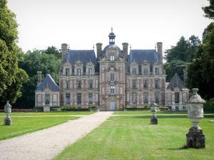 Château de Beaumesnil , Château de style Louis XIII et son parc