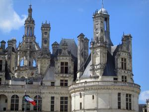Château de Chambord - Renaissance Château: lantern tower and watch tower of the keep