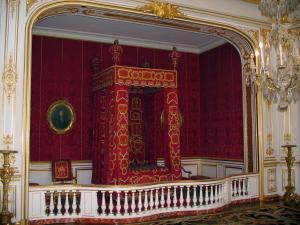Château de Chambord - Apartments of the Château: king's bedroom (apartment of Louis XIV)