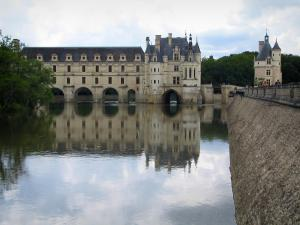 Château de Chenonceau - Renaissance château (Dame castle) with its two-floor gallery and its bridge on the River Cher, and Marques tower (keep)