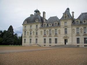 Château de Cheverny - Château of Classical style