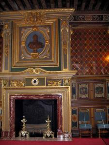 Château de Cheverny - Inside of the Château: fireplace of the dining room