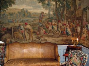 Château de Cheverny - Inside of the Château: Tapestry salon