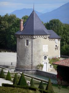 Château du Touvet - Chapel and garden of the château; in the town of Le Touvet in Grésivaudan