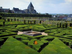 Château de Villandry and gardens - Ornament garden with view of the church and the houses of the village