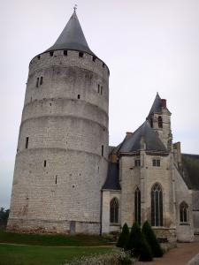 Châteaudun - Castle: keep (tower) and Sainte-Chapelle of Gothic style