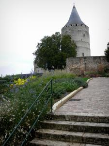 Châteaudun - Keep (tower) of the castle, stair and flowers