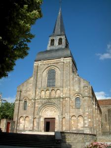 Châteaumeillant church - Saint-Genès church