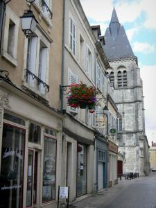 Châteauroux - Facades of houses and Saint-Martial church