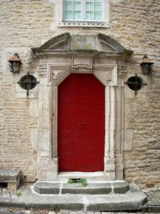 Châteauvillain - Red door of the house of the Provost