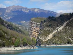 Chaudanne lake - Lake (water reservoir), shores and mountains; in the Verdon Regional Nature Park
