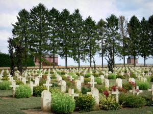 Chemin des Dames - Graves in the French military cemetery of Cerny-en-Laonnois
