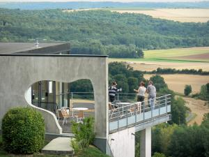 Chemin des Dames - Site of the Dragon's Lair (in the town of Oulches-la-Vallée-Foulon): terrace of the museum overlooking the Aisne valley