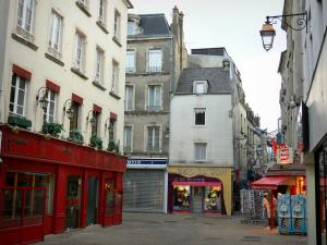 Cherbourg-Octeville - Shops and houses of the old town