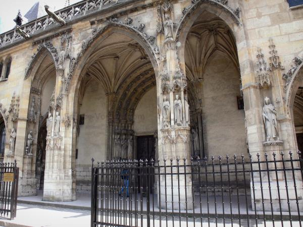 The Church of St Germain the Auxerrois - Tourism, holidays & weekends guide in Paris