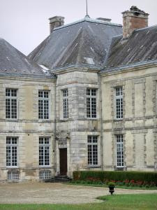 Cirey-sur-Blaise castle - Facade of the Cirey castle