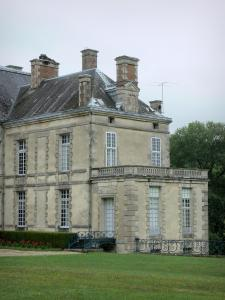 Cirey-sur-Blaise castle - Cirey castle and its park