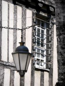 Clamecy - Hanging lantern and facade of a half-timbered house