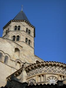 Clermont-Ferrand - Bell tower and apse of the Romanesque basilica of Notre-Dame-du-Port